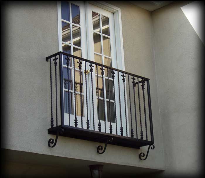 How do i draw a french balcony softplantuts for Balcony balcony